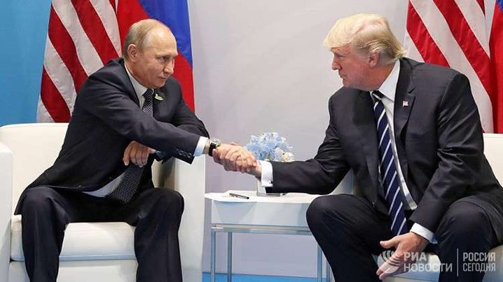 ترامب يلمّح لاحتمال رفع العقوبات عن روسيا قائلا: سنتحدث عن سوريا