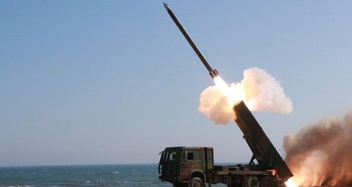 جماعة الحوثي تعلن استهداف الساحل الغربي لليمن بصاروخ باليستي