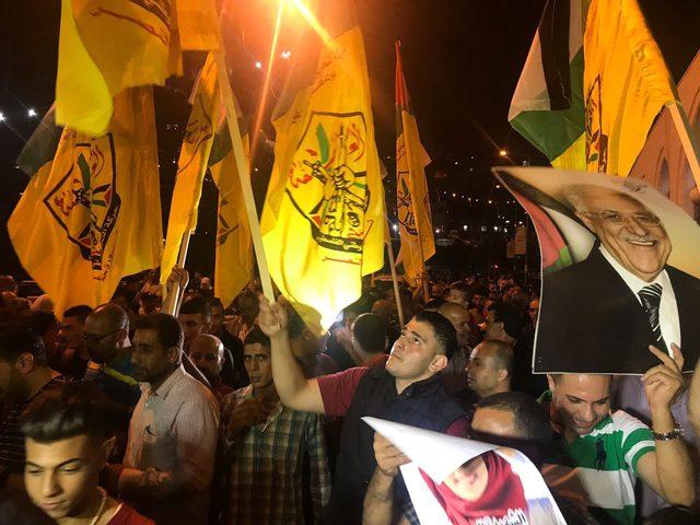 جماهير نابلس تخرج في مسيرةدعما للوحدة الوطنية ورفضا لصفقة القرن