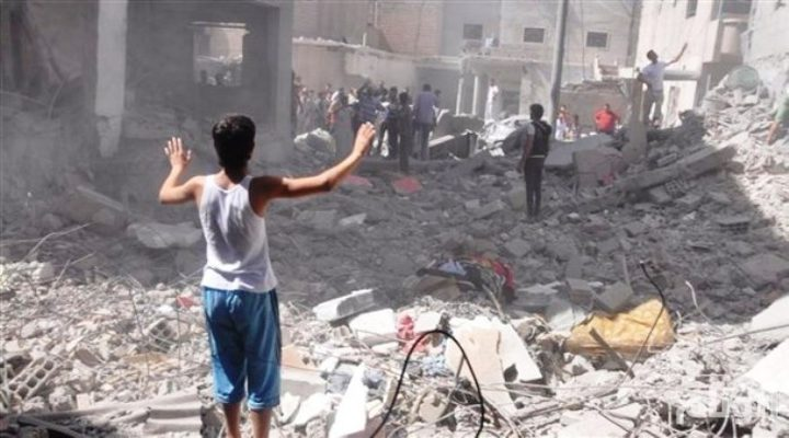 مقتل (60) مدنيًّا في غارات على درعا السورية