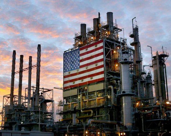 """إيران تتوعد بـ""""إفشال"""" الخطة الأمريكية لمنعها من بيع النفط"""