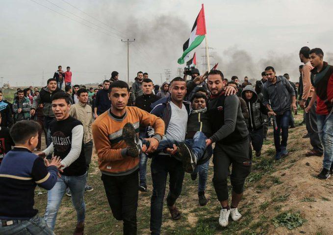 اسطنبول: السفير مصطفى يعود جرحى مسيرات العودة من قطاع غزة