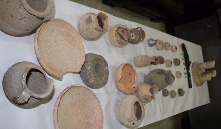 الشرطة تضبط 27 قطعة معدنية اثرية وتلقي القبض على شخصين