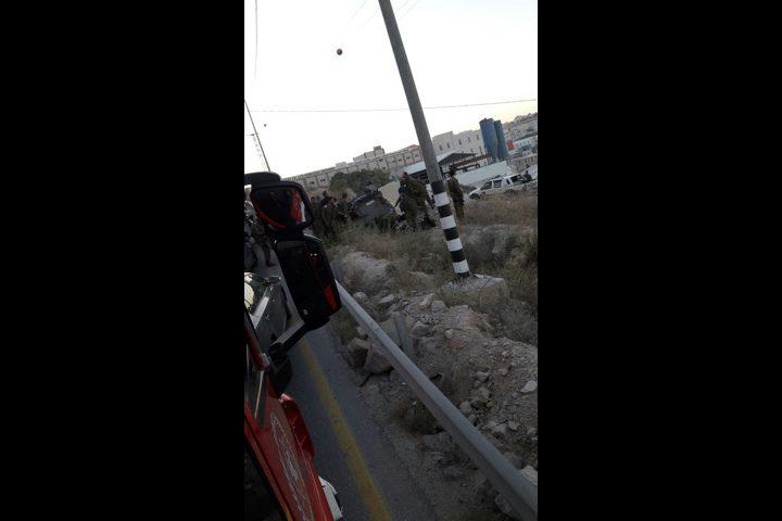 """اصابة 4 من عناصر قوات الاحتلال جراء انقلاب جيب بالقرب من مستوطنة """"كريات اربع"""""""