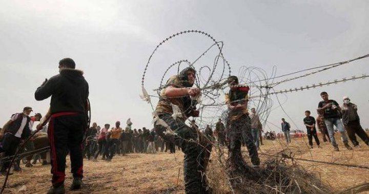 إطلاق النار تجاه مجموعة شبان اقتربوا من السياج الفاصل شرق غزة