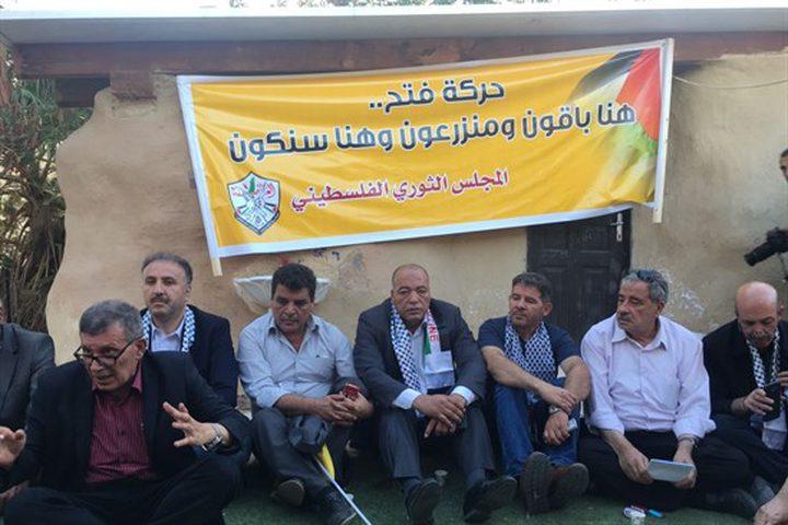 ثوري فتح يحذر من مخططات الاحتلال بإخلائه