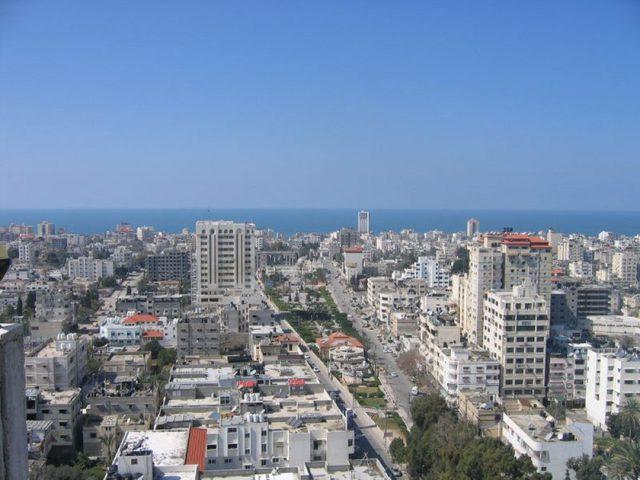 يديعوت تكشف عن حلم إسرائيل تجاه غزة