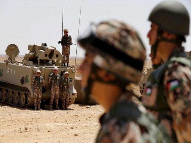 """الأردن يعتقل شخصاً حاول """"التسلل"""" لفلسطين"""