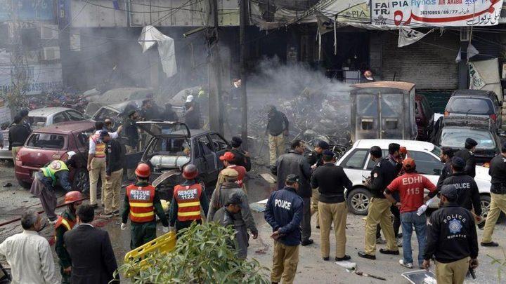 مقتل 70 شخصا بهجوم انتحاري في باكستان