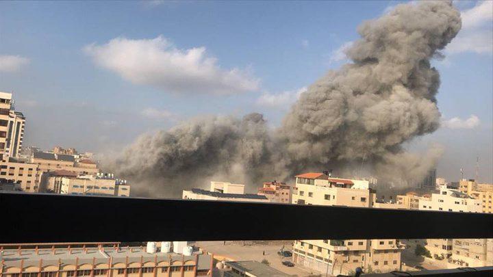 شهيدان و 17 إصابة في قصف مبنى مدني بغزة