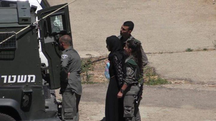 84 حالة اعتقال لنساء وفتيات خلال العام الجاري
