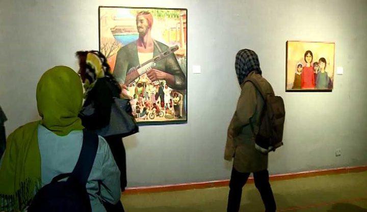 افتتاح معرض عودة للفن التشكيلي في متحف درويش