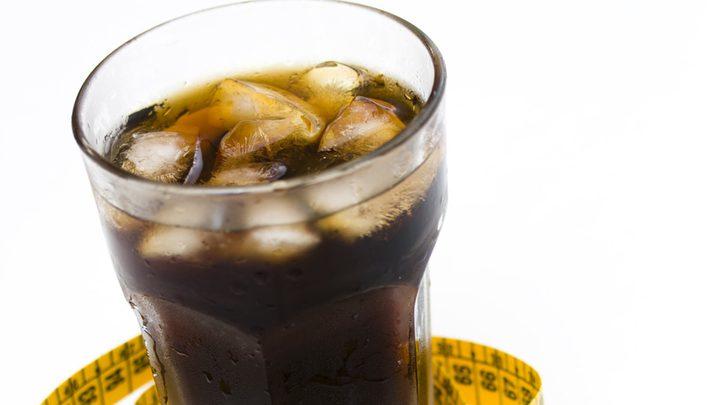 """المشروبات الغازية """"الدايت"""" الأخطر على الصحة"""