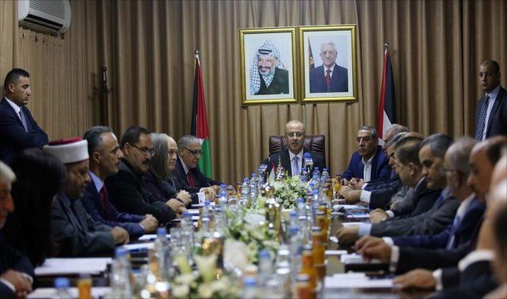 الحمد الله يجري اتصالات لوقف العدوان على غزة