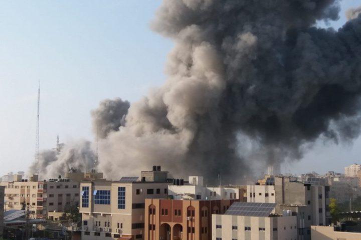 شهيدان واصابة خطيرة غرب غزة