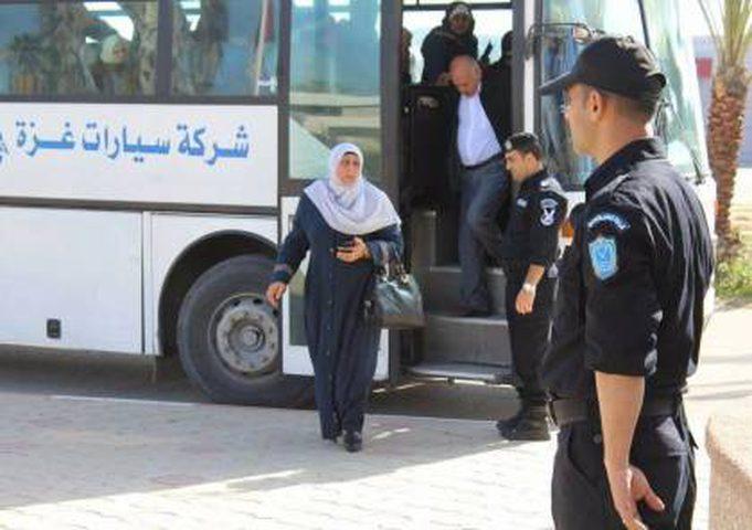 مصر تعيد المسافرين عبر معبر رفح