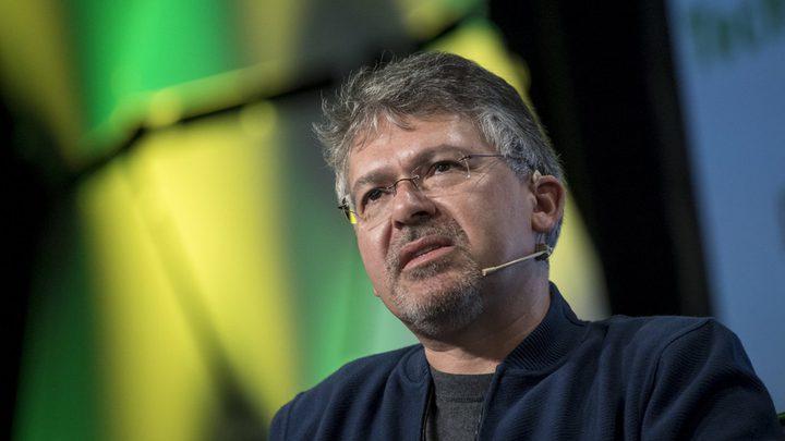 آبل تستعين بموظف سابق في غوغل لتطوير برمجياتها
