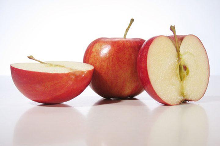 نصيحة اليوم: لا تتناولي بذور التفاح بتاتاً