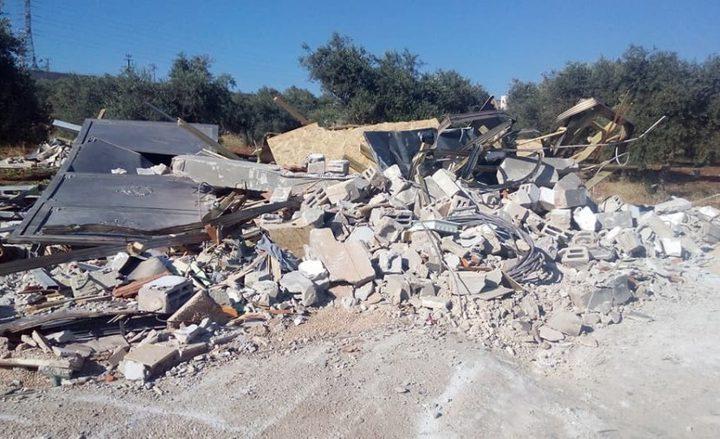 الاحتلال يهدم منزلين في قرية الديوك غرب أريحا