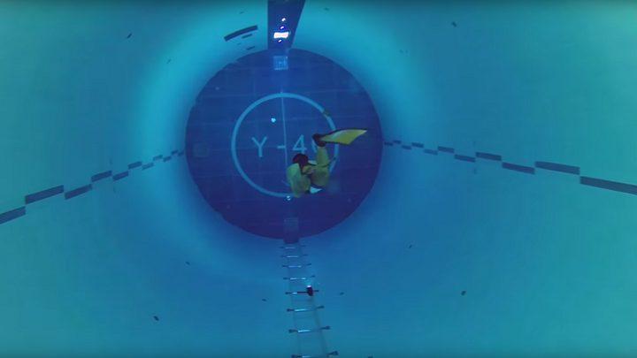 لقطات تحبس الأنفاس من أعمق مسبح في العالم! (فيديو)