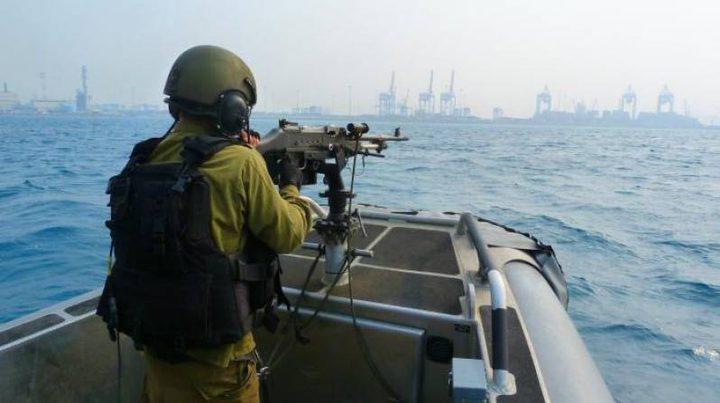 بحرية الاحتلال تطلق نيرانها تجاه الصيادين ببحر غزة