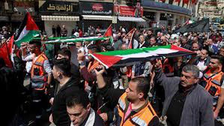 الاحتلال يهدد أهالي نعلين في حال استمرار المسيرات