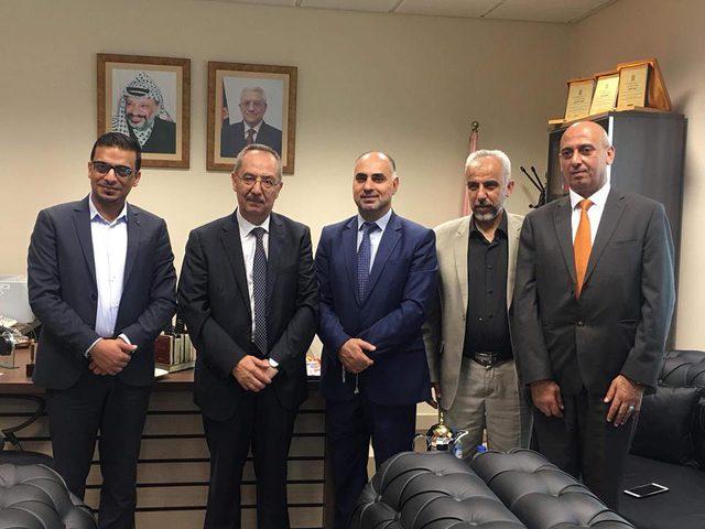 أبو عيطة يلتقي القائم باعمال رئيس جامعة النجاح