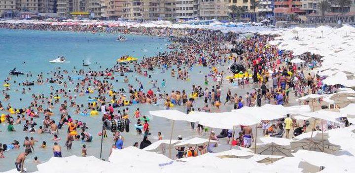 "مصر تغلق شاطئ ""الموت"""