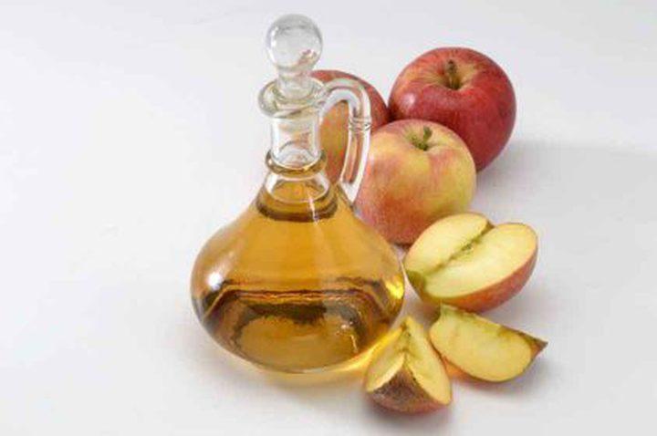 ما هي فوائد تناول ملعقة من خلَ التفاح في الصباح