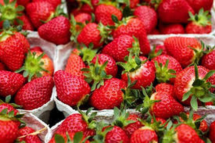 الفراولة والتوت للوقاية من أمراض القلب