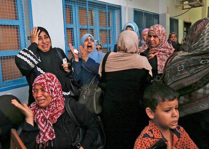 فصل موظفين الأونروا تصفية لقضية اللاجئين