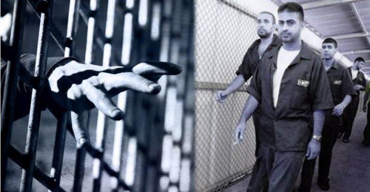 6 أسرى يدخلون أعواماً جديدة في سجون الاحتلال