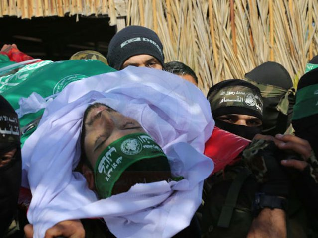 توقعات اسرائيلية برد حماس على استشهاد 3 من عناصرها