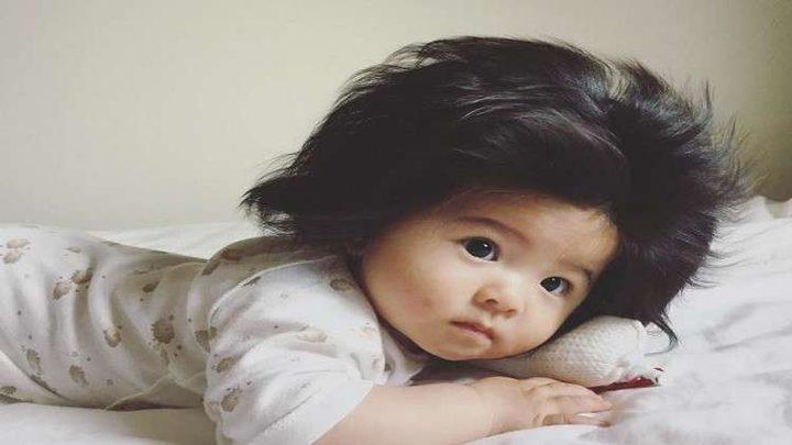 طفلة تدخل عالم الشهرة بسبب شعرها!