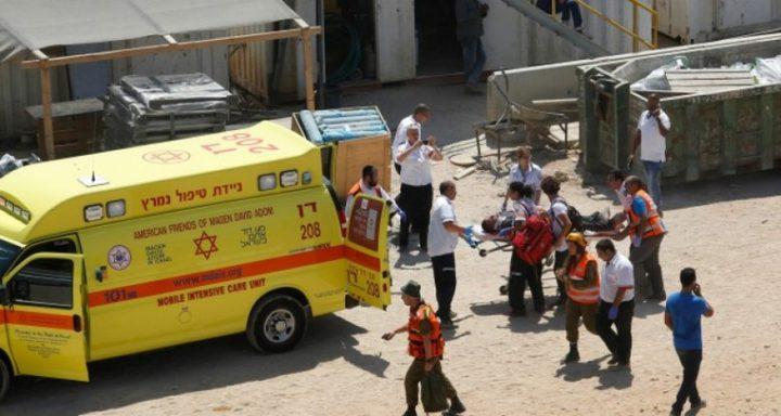 إصابة عامل  إثر سقوطه عن علو داخل أراضي الــ48