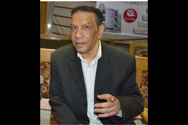وداع النجوم للفنان محمد شرف