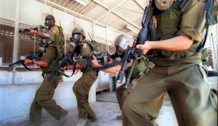الاحتلال يفرض عقوبات بحق الأسرى في قسم(3)
