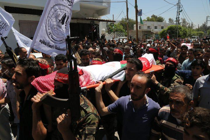 تشييع جثماني مواطنين استشهدا بانفجار في غزة