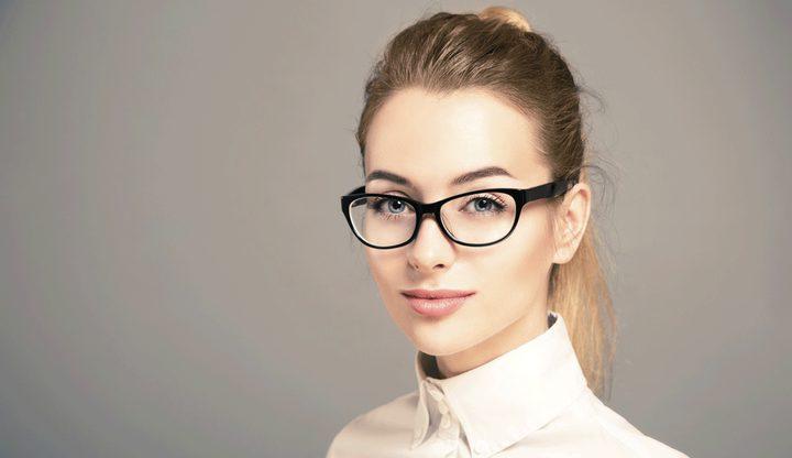 النظارة والذكاء دراسة تكشف العلاقة بينهما