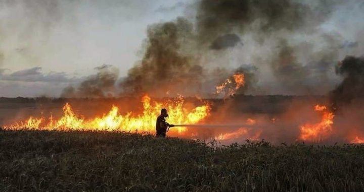 15 حريقا في مستوطنات غلاف غزة