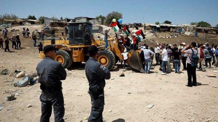 محكمة الاحتلال تنظر في التماس وقف هدم الخان الأحمر