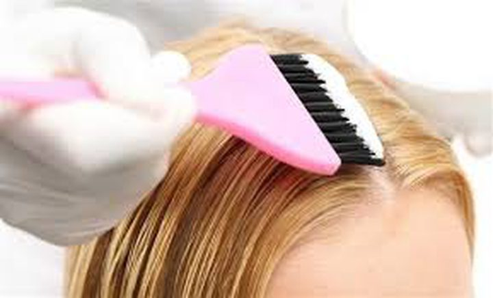 ما العلاقة بين صبغ الشعر وسرطان الثدي