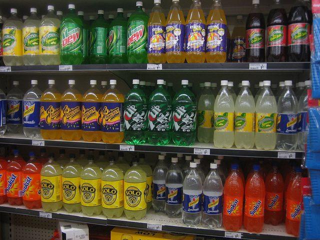 المشروبات الغازية الخالية من السكر تسبب الخرف