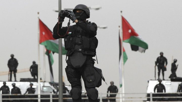 """الجيش الأردني يشتبك مع """"داعش"""""""