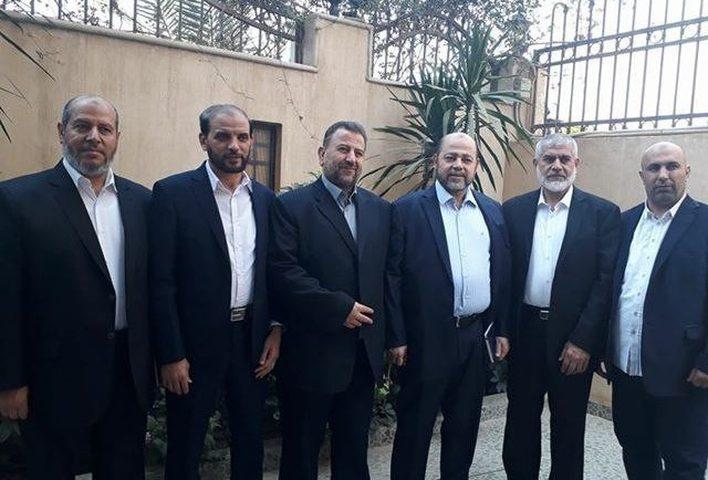 العاروري وابو مرزوق يصلان غزة