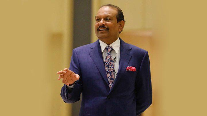 """""""قصة هندي"""" فقير ابحر إلى دبي فأصبح مليونيراً"""