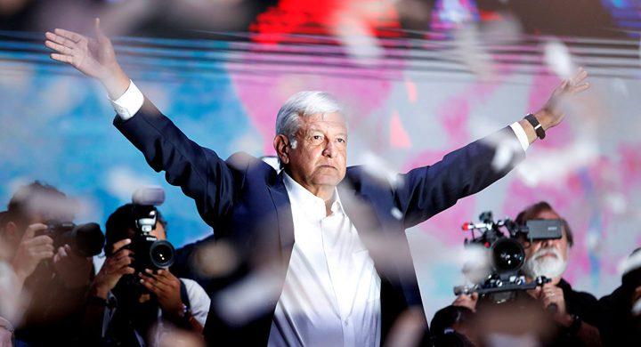 رئيس المكسيك يراجع التعاون الأمني مع أمريكا