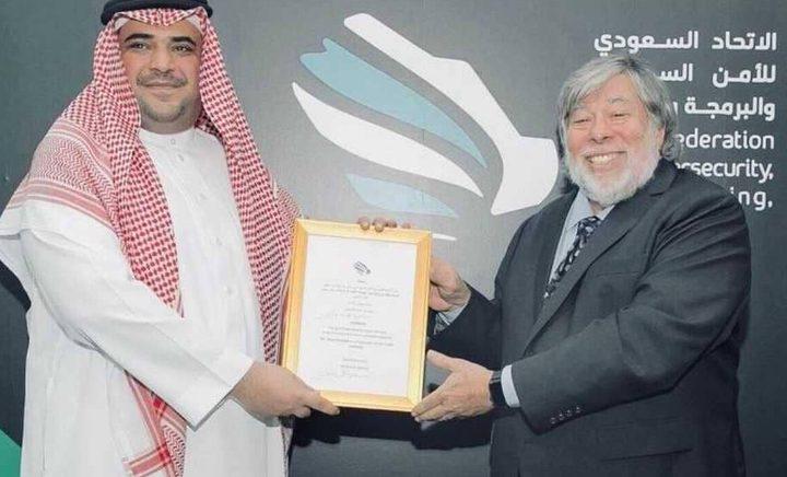 """مؤسس """"أبل"""" سفيرا للبوابة التقنية السعودية"""