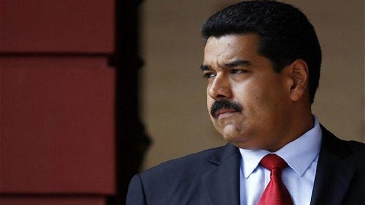 بالفيديو: الرئيس الفنزويلي ينجو من محاولة إغتيال