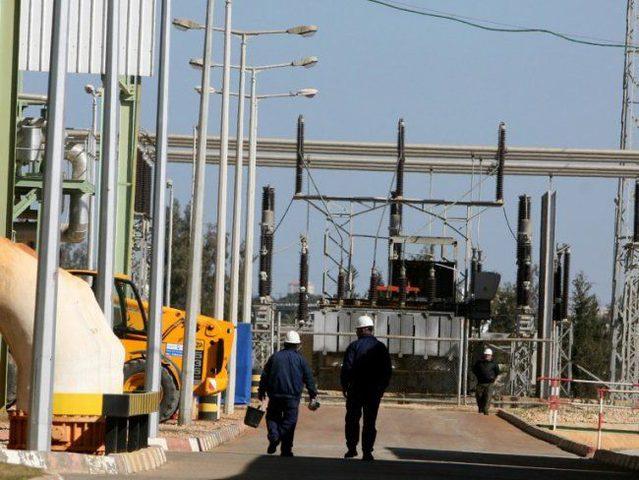 كهرباء غزة: 16 ساعة فصل مقابل 4 ساعات وصل